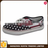 Classic men's flat vulcanized casual china canvas shoes men                                                                                                         Supplier's Choice