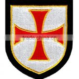 MACHINEREY CHRISTIAN MILITARY SHIELD EMBROIDERED PATCH CRUCIFIX CROSS CRUSADE iron-on - RED