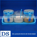 330ml wholesale lead-free easy- wash transparent glass spices jar with plastic cap and spoon