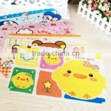 Popular factory price non-toxic OEM glass table mat
