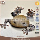 2015 hot sale beautiful cast frog garden iron ornaments