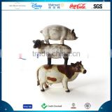 Polyresin Customized 2016 New Design Unique Cute Ornament Resin Cow Sheep Pig Statue Decoration
