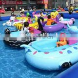 Inflatable pool with bumper boats/ bumper boat with water pool/ water pool