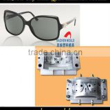 Fashional designing plastic injection sunglasses mould