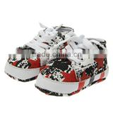 Toddler shoes, baby shoes, children's shoes, red five star graffiti soft bottom factory direct selling new dn033