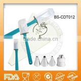 8 Piece dessert decorating nozzle set with icing bags and spatulas BS-CDT012