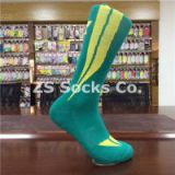 Sports Socks, Soccer Socks, Running Socks, Football Socks, Dry Fit, Moisture Wicking, Terry, Coolmax, Anti-slip, Compression Socks, Jacquard, Embroidery, Custom Socks, ZS Socks