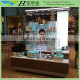 Common areas skincare used glass tower display case, men cosmetics retail merchandising unit