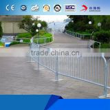 Portable steel welded crowd control barrier for road