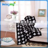 alibaba factory wholesale baby blanket white and Black knit baby blanket
