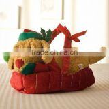 Merry Christmas Toy Soft Puppy in Gift Basket /Plush Christmas Toy of Lying Dog in Gift Basket /New Arrival of Christmas Bag