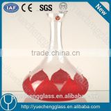 2015 Best wine accessory Gift patent red colored glass wine decanter