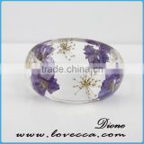 2017 Latest Fashion Transparent Pressed Dried Real Flowers Clear Resin Bracelet Bangle for Women