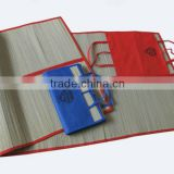 Folding outdoor straw mat