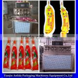 4 heads 8 nozzles fruit jelly and Flavour Drink liquid in shaped bag/ Drink liquid in formed bag filling sealing machine