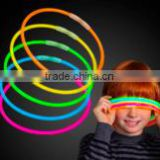 Glow stick necklaces 22inches/Plastic Nut Holder