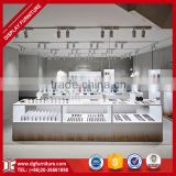 boutique makeup stand with lights for cosmetic shop counter design