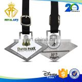 Hot Selling Custom Zinc Alloy Golf Bag Tag with Leather Strap