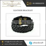 Outstanding Manufacturer of Leather Bracelet Trading in Wholesale Quantity at Desirable Price