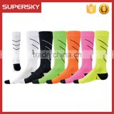 A-284 Dry Fit Moisture Wicking Mens Crew Socks Compression Sport Socks Compression Elite Basketball Socks