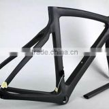 Aero designed carbon fiber road frame, BB30 cycle racing carbon bicycle road frame, lightweight 950g carbon bicycle frame