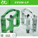 alloy aluminum custom bike pedals CNC machined mountain bike pedal colorful anodised bike pedal from sanyun manufactuer