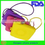custom candy ladies silicone handbags with long strap design