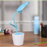 Hot Selling Designer Bird shape pen-holder LED Bedroom desk night lamp