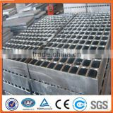 2016 hot sale Bridge construction steel grating/ Screw steel mesh/ Construction steel mesh (ISO certification)