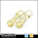 High Quality Gold Color Custom Designer Metal Zipper Pull For Bag Accessory Supplier Key Locking Zipper Slider Pendant