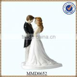 2013 New Design Brand New Resin Loving Sweet Wedding Gifts