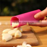 Magic Silicone Garlic Peeler Peel Easy To Use Perfect Kitchen Tool Color Random Drop Practical Healthy Silicone Garlic KC1021