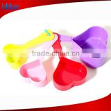 4pcs heart shape colored plastic measuring spoon