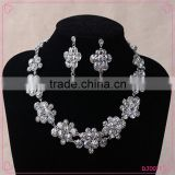 2016 Fashion Rhinestone Jewelry Sets Necklace Earring Set Big White Rhinestone Jewelry Set