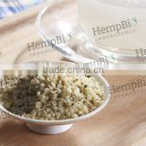 Hulled hemp seeds for bird feeds