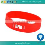 Custom Color RFID Silicone Sporty Band Ring Bracelet NFC NTAG213 Wristband for Gym , Sport event , Running