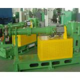 Seal compounding extruder