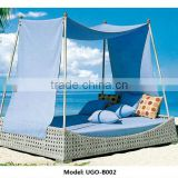 2014 Modern Outdoor Furniture Chaise Lounge with Big Tent and Waterproof Cushion Best Seller in Europe Market