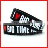 Personalized hot sale charm friendship silicon bracelet bangles 2013, Custom fashion bulk cheap silicone wristbands