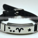 New Design Silicone Men Bracelets Stainless Steel Hollow Star V Shape Wrapped Wide Bangle Wrist Watch Clasp Bracelets Jewelry