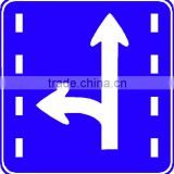 reflective road uk traffic signs plate, triangle warning portable traffic signs,solar flashing warning light sign