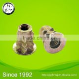 Abundant Sales experience zinc plated zinc alloy M4 threaded insert nut (NZ1114)