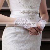 Free shipping beaded accessories cheap short fingerless lace rhinestone bridal wedding gloves CWFag5851