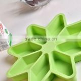 food grade colorful silicone Kitchenware / silicone cake mold/silicone chrismas ice tray