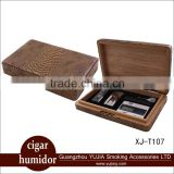 Popular Cohiba cigar humidor portable cedar wooden cigar humidor gift set with cigar lighter