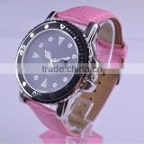 Graceful vogue delicate cute lucky ladies and girls pink artificial leather wristband watch