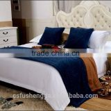 Wholesale Polyester Throw Pillow Cover Cheap Hotel Cushion and Bed Runner for Sale