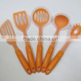plastic handle set of silicone kitchen utensils