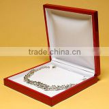 Chese style necklace chain gold wooden box,necklace box in packaging box supplier