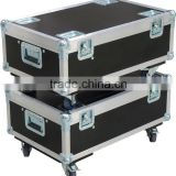 2 flight case stack together with ball corner